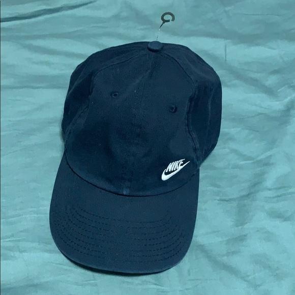f0c98a593575 Nike s H86 Navy Blue Cap